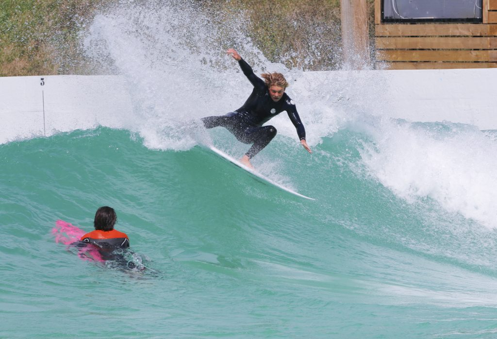 europe's first public wavegarden cove will be in bristol!